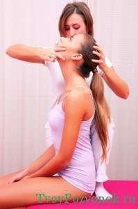 вращение головы при упражнении