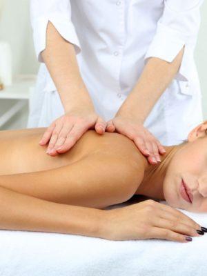 Массаж - отличный способ снять напряжение и воздействовать на боли