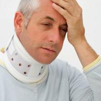 Симптомы хлыстовой травмы шеи