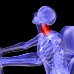 Хлыстовая травма шеи: симптомы и лечение