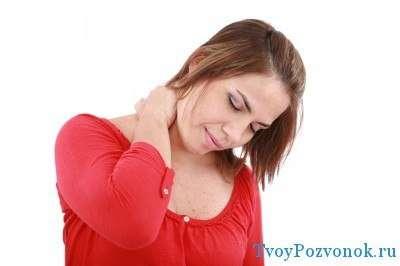Зачастую основная причина отека лица - пережатые сосуды шеи
